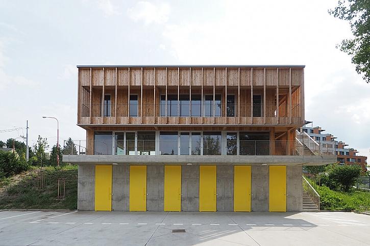 Office110 architekti Loděnice Karloveské rameno