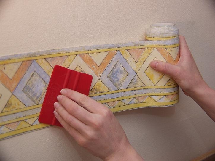 Bordury, šablony a razítka na stěny