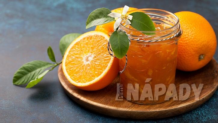 Adventní pomerančová marmeláda s rumem pro dospěláky na zahřátí