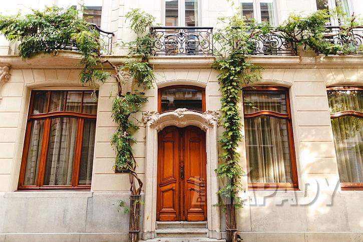 Vchodové dveře tvoří dominantu našeho domova (Zdroj: Depositphotos.com)