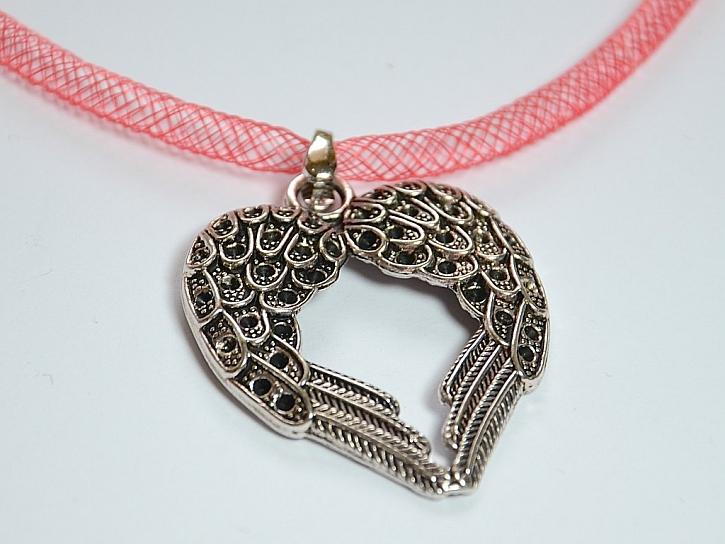 Materiál a nářadí pro náhrdelník andělského srdce: