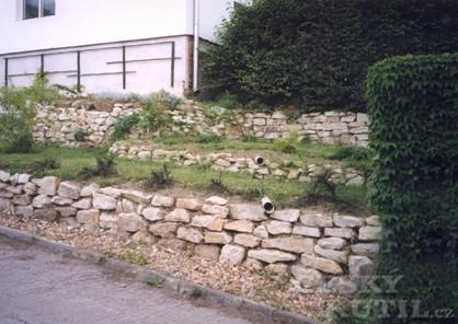 Kamenná zídka – stavba na sucho