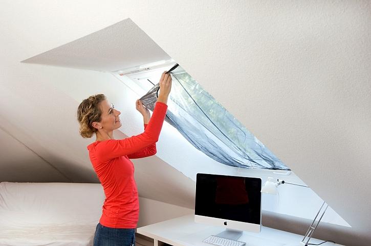 Sítě proti hmyzu do střešních oken