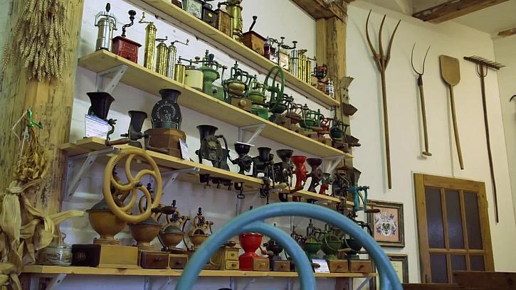 Navštivte s Láďou úžasnou sbírku starých mlýnků