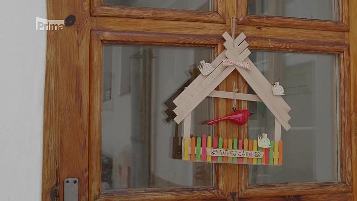 Domeček – dekorace na branku