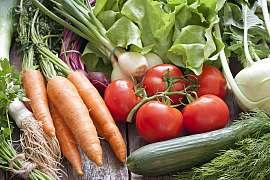 Přípravky bez chemie pro zdravou úrodu na zahradě i na poli
