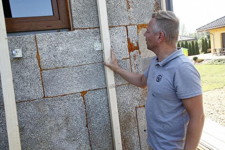 Instalace bezkontaktní fasády