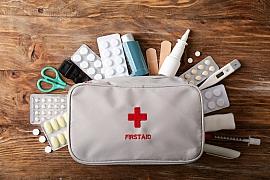 Domácí lékárnička může zachránit i život, její vedení má však jistá pravidla