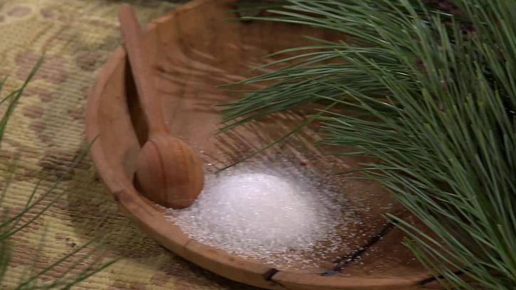 Kyselina citronová a borovicové jehličí