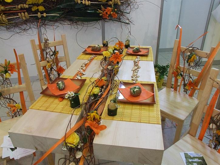 Dekorace na stůl