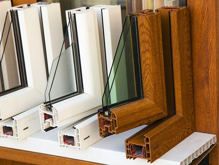 Okenní rámy je možné si pořídit v mnoha barevných variantách