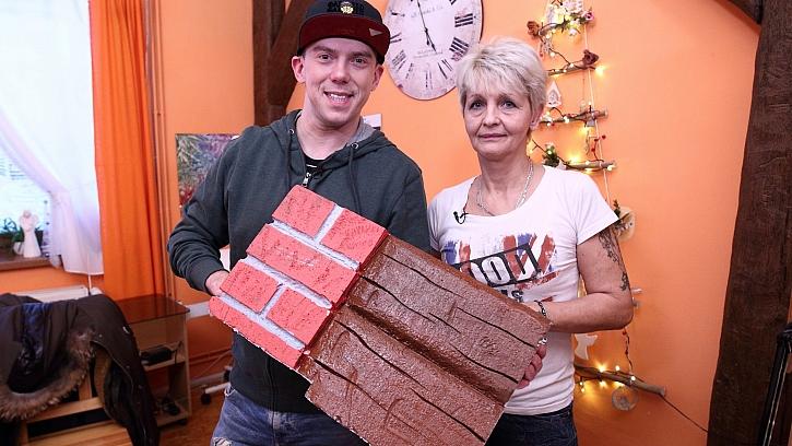 Jak si vyrobit polystyrenový krb prozradí Dagmar Kloučková z Lázní Bělohrad