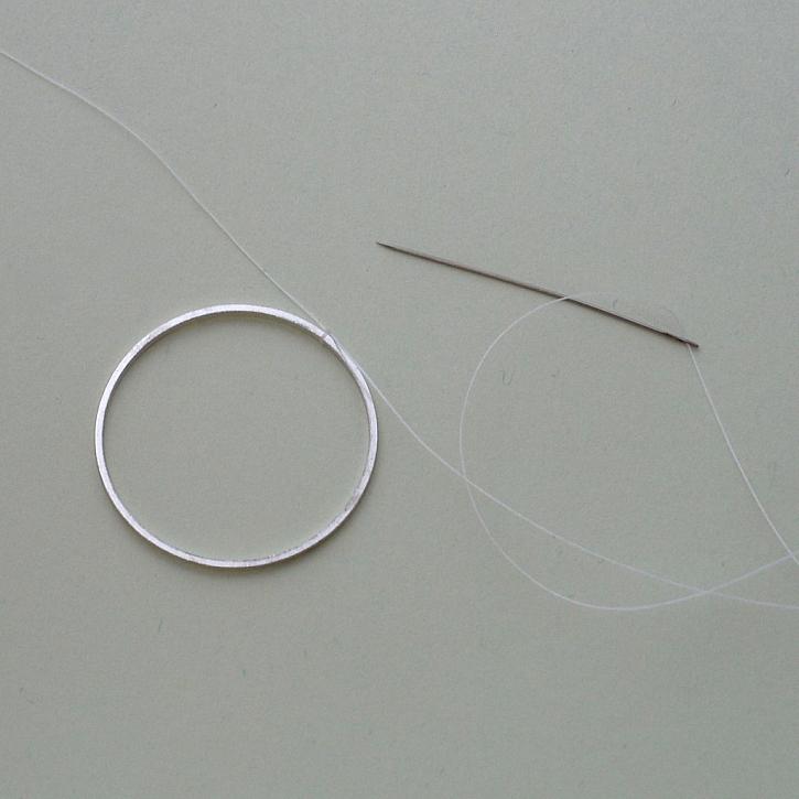 Návod na kruhové náušnice s flitry