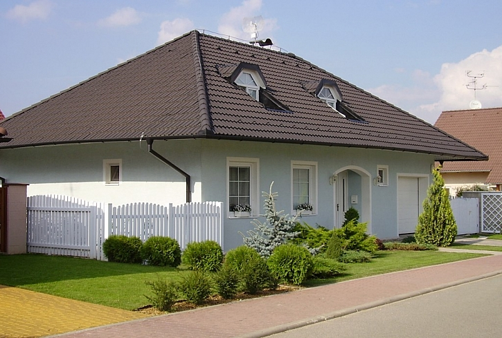 Základem domu je kvalitní střešní krytina