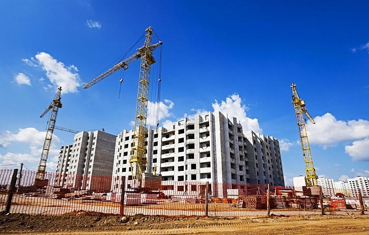 Zejména takovéto budovy vyžadují stavební dozor a konečné rozhodnutí nebo souhlas