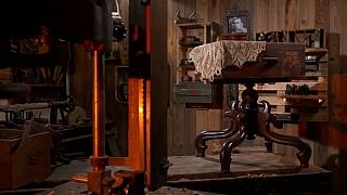 Jak si vyrobit originální stoleček s úložným prostorem