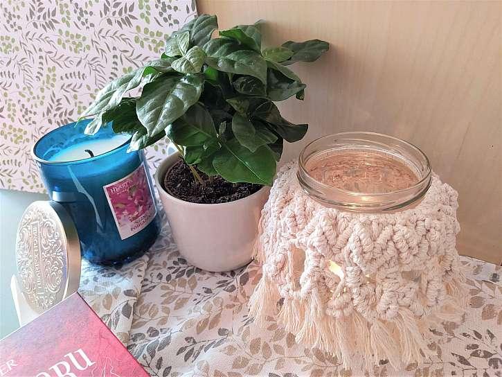 Vyrobte si macramé podzimní lucernu, zpříjemní vám  chladné večery (Zdroj: Adriana Dosedělová)
