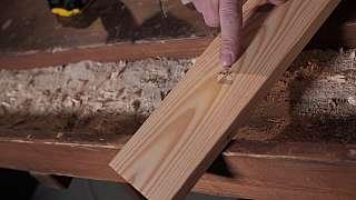 Jak zajistit, aby se při vrtání netřepila spodní strana dřeva