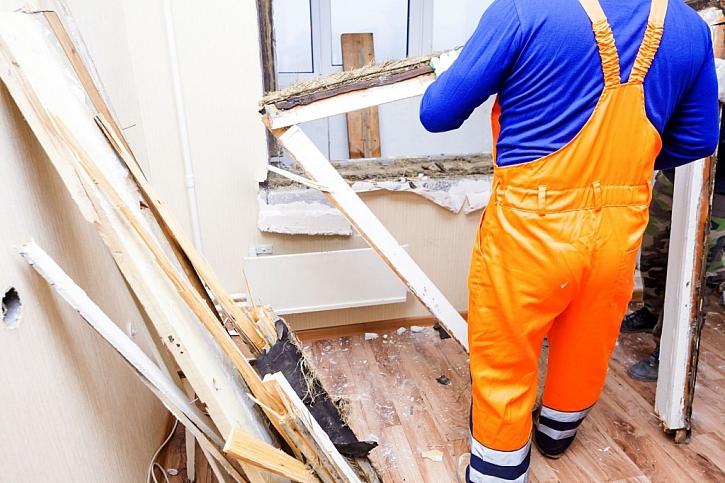 Nezapomínejte na ochranu podlahy, její poškození je nepříjemná komplikace