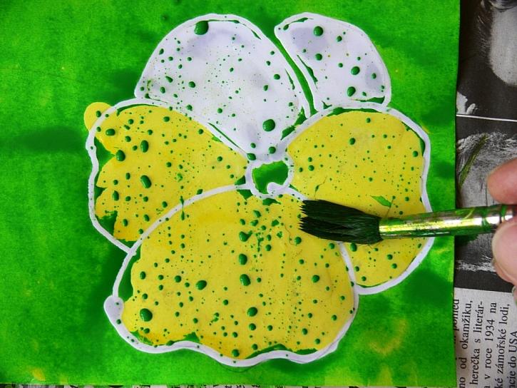 Malování s voskem – přání a balící papír