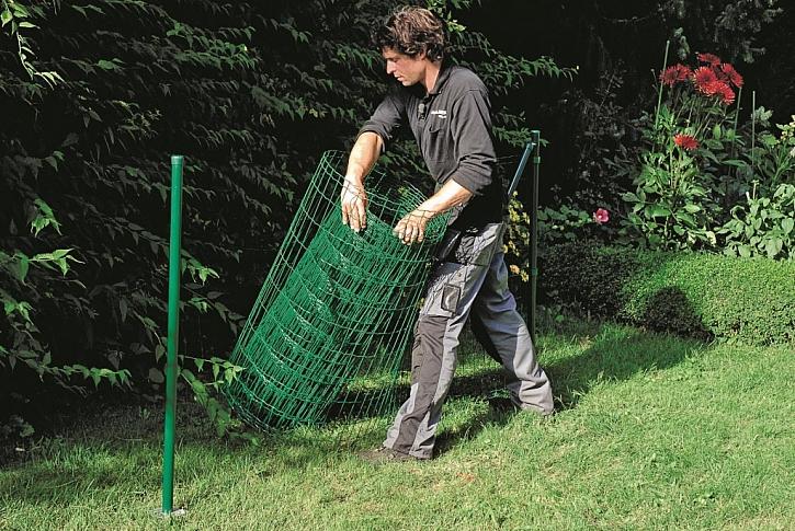 Postup stavby drátěného plotu