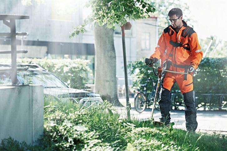 Při práci s řeznými nástroji vždy myslete na bezpečnost aneb Ochranné pomůcky Husqvarna