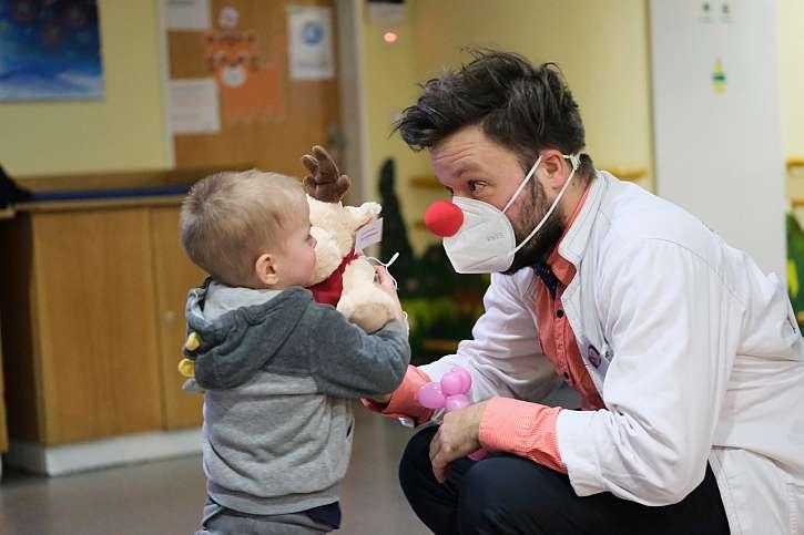 Zdravotní klauni pomáhali dětem i během pandemie