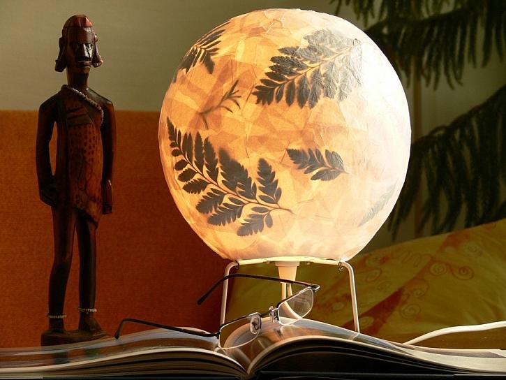 Lampička z papíru