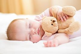 Vytvořte doma atmosféru pro klidný spánek miminka