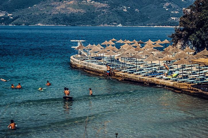 Divoké hory a úchvatné pláže. Poptávka po Albánii roste (Zdroj: Myalbania.net)