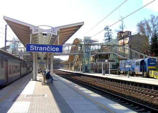 Strancice_vlak