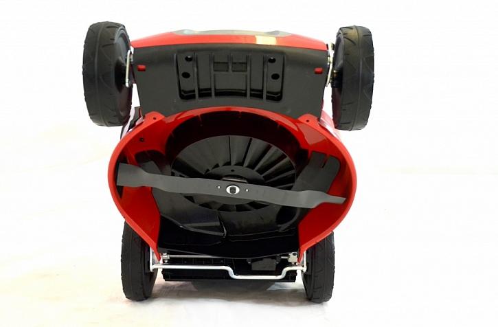 MP1 554 B je stroj pro náročné - má špičkový motor a velkou šíři záběru 55 cm