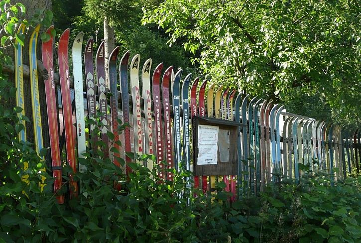 Antikutil - plot samej lyžař