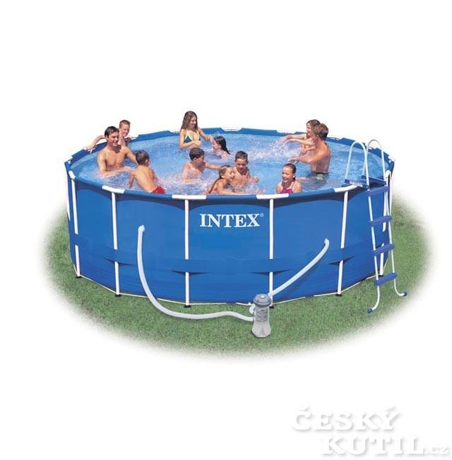 Jak udržet nadzemní bazén čistý