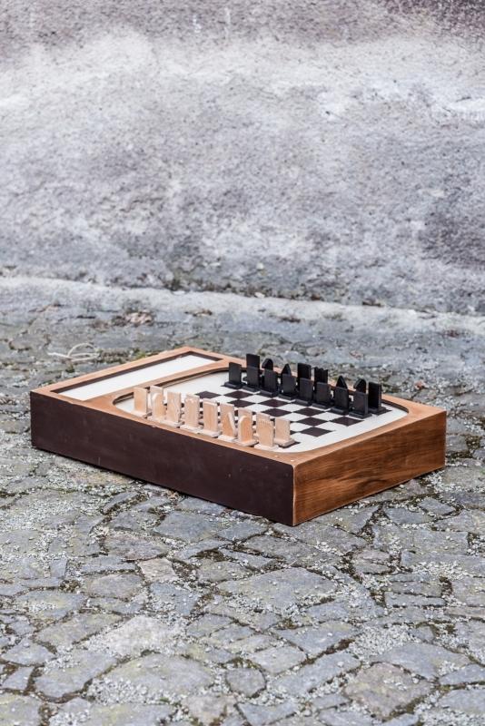 šachovnice z televize