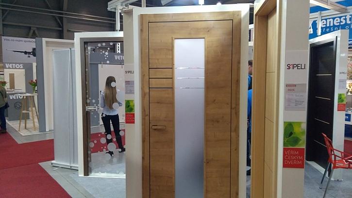 Designové dveře Sapeli