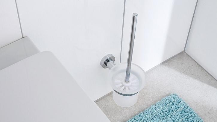 Vybavte svou toaletu doplňky, které bez problémů připevníte na zeď bez vrtání!