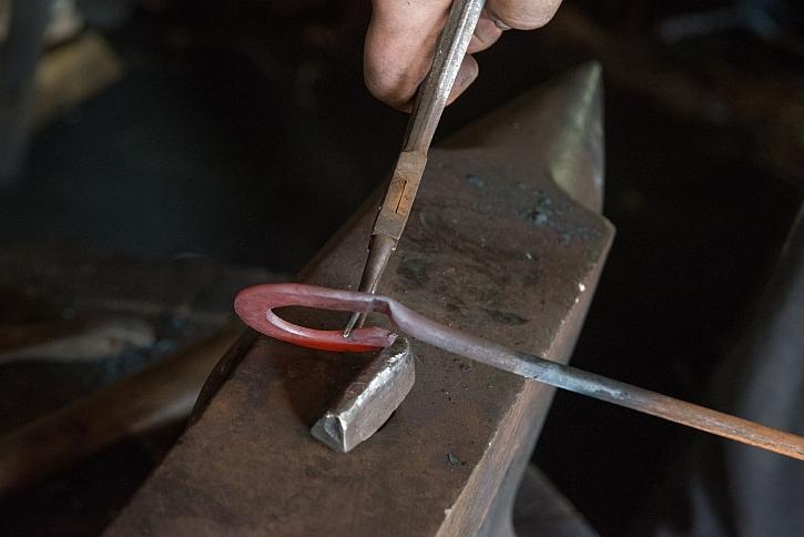 Kování železa