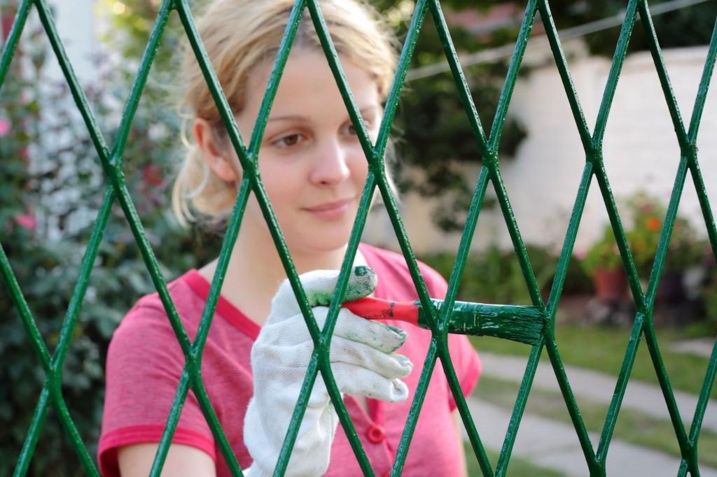 Nátěr kovového plotu neodkládejte, mohlo by být pozdě