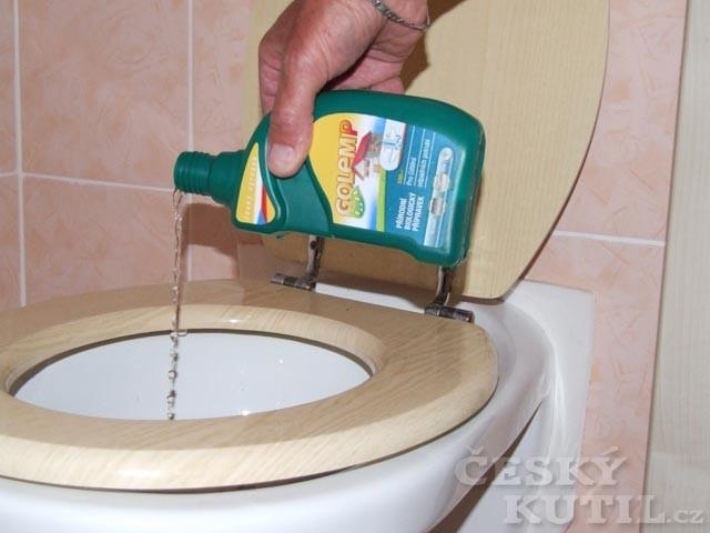 Na ucpané potrubí nasaďte bakterie