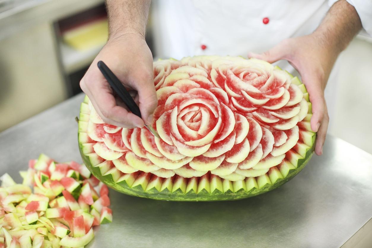 Carving neboli vyřezávání ovoce: Melouny proměněné ve šperky