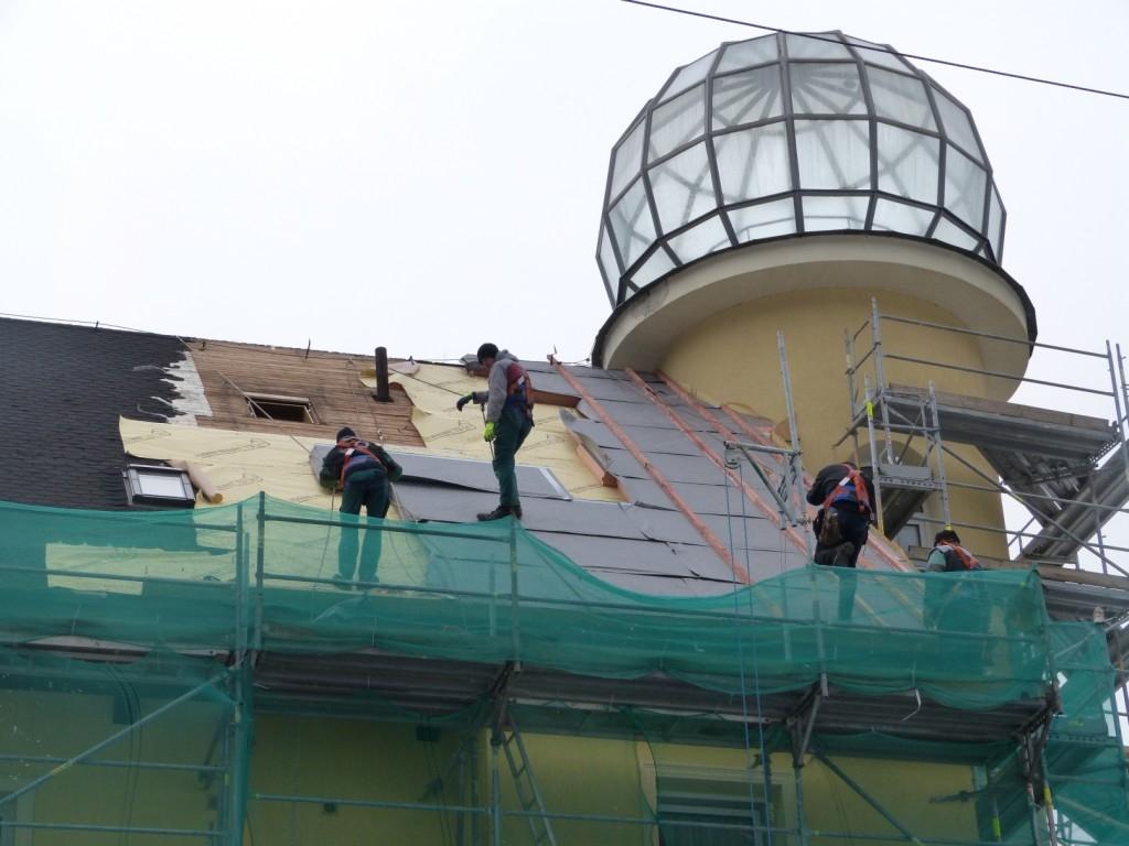 Dýchající střecha vytvoří zdravé klima bez plísní, ochrání před únikem tepla v zimě a přehřátím v létě