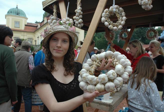 Vydejte se na výlet: Festival česneku na zámku Buchlovice