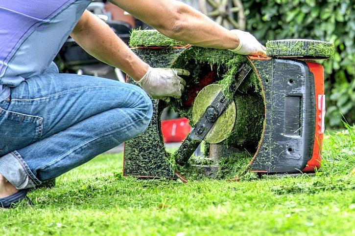 Zazimování zahradní aku techniky nepodceňujte