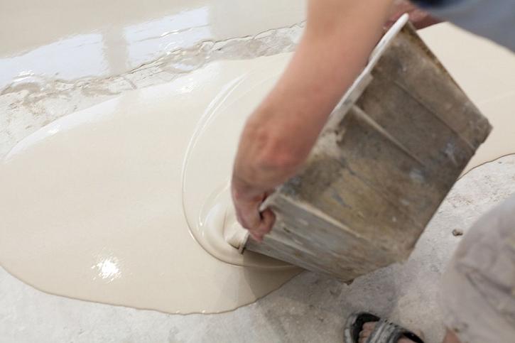 Lité, především epoxidové, podlahy jsou na vzestupu, jejich vlastnosti je předurčují k použití v mnoha prostorech včetně koupelen