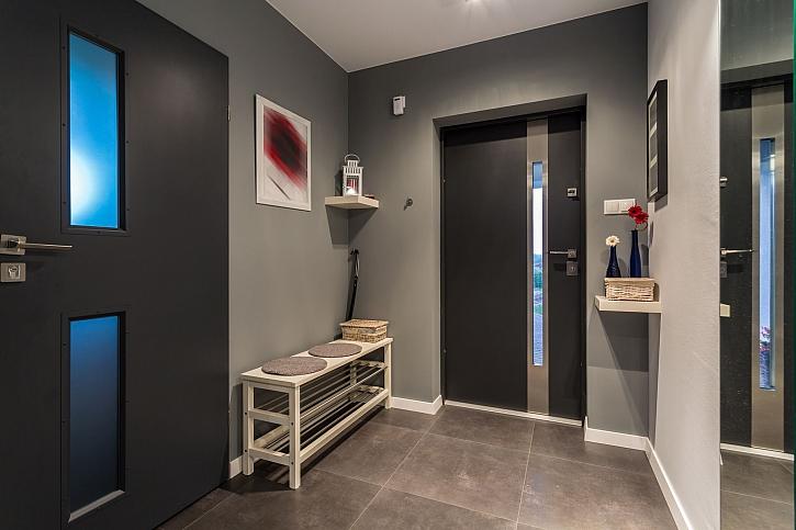 Barva interiérových dveří by měla být vybírána s rozmyslem (Zdroj: Depositphotos)