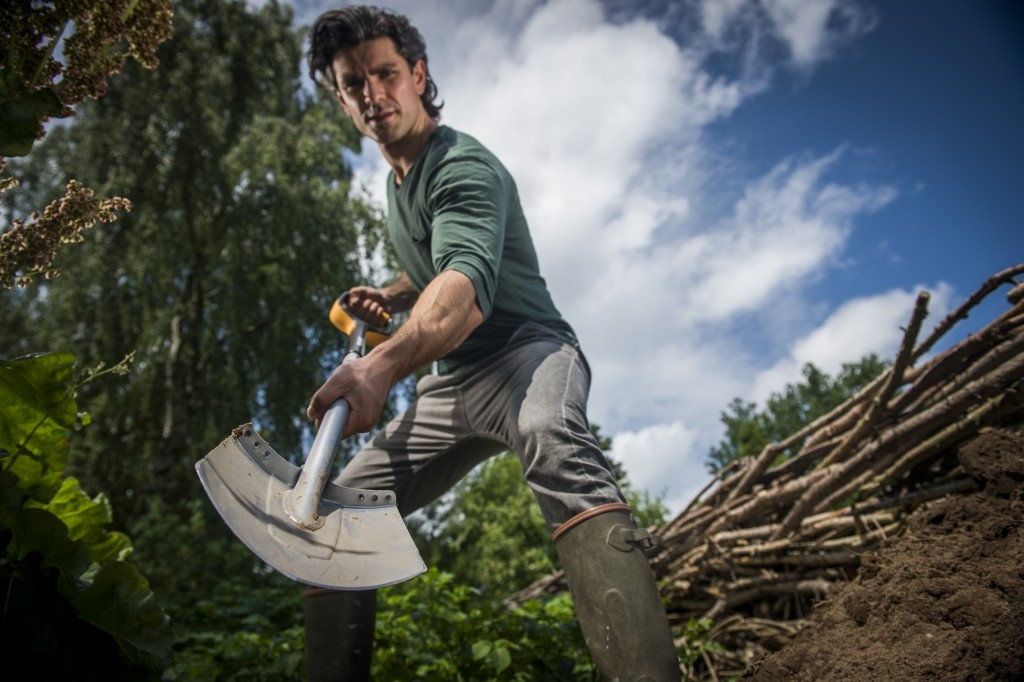 Práce s půdou - to je umění Xact™