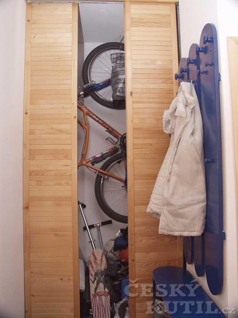 Kolo ve skříni