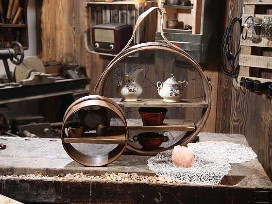 Vyrobte si ze starého síta novou originální polici třeba do kuchyně (Zdroj: Archiv FTV Prima)