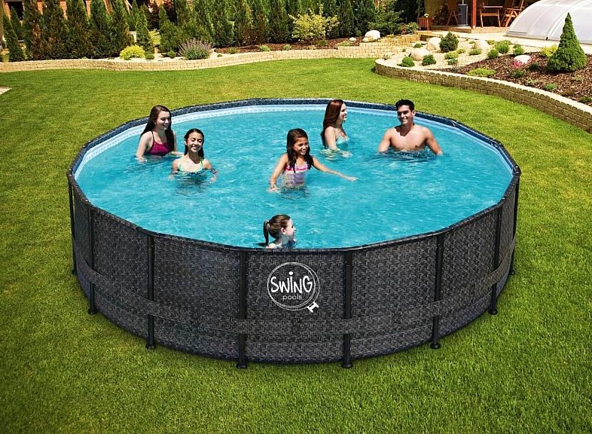 Rámový bazén Swing Frame Ratan s elegantním designem ratanu.